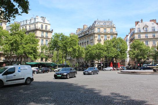 Carrefour parisien